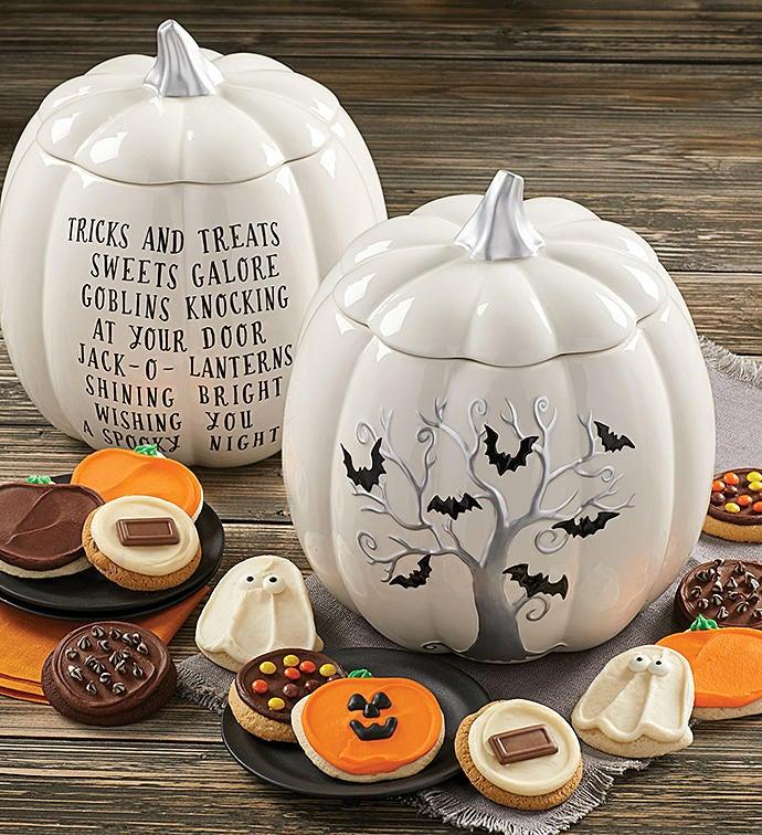 Collectors Edition Halloween Bats Pumpkin Jar