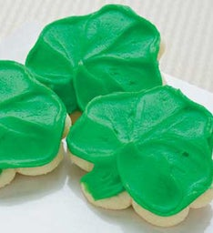 Buttercream Frosted Shamrock Cut-out
