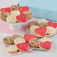 Valentine Cookie Bow Gift Box 24-Cookies Deals
