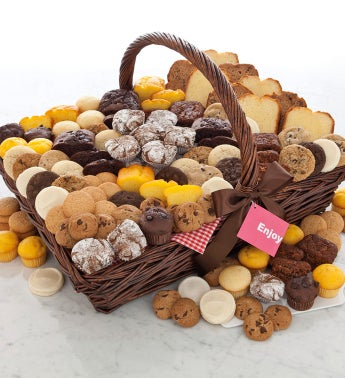 Mrs Beasleys Snack Basket - 111 pieces