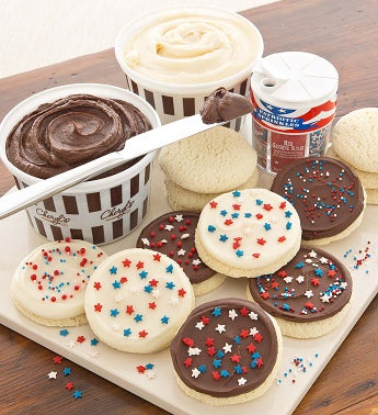 Buttercream Frosted Decorating Kit Club