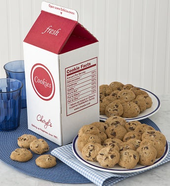 Milk and Cookies - Crunchy Chocolate Chip Cookies