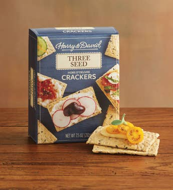 Three Seed Hors D39oeuvre Crackers