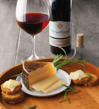 El Hidalgo Quesos Manchego Cheese and Harry  Davidtrade Merlot
