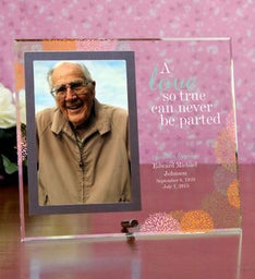 Love Cannot Be Parted Memorial Frame